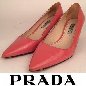 PRADA Patent Leather Pointed Toe Mid Kitten Heel
